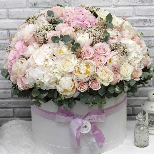 Цветы в коробке King Size  0581: букеты цветов на заказ Flowwow