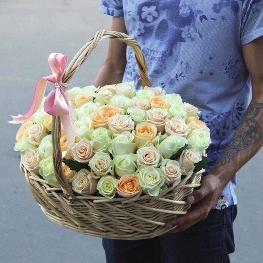 Корзина из 49 роз