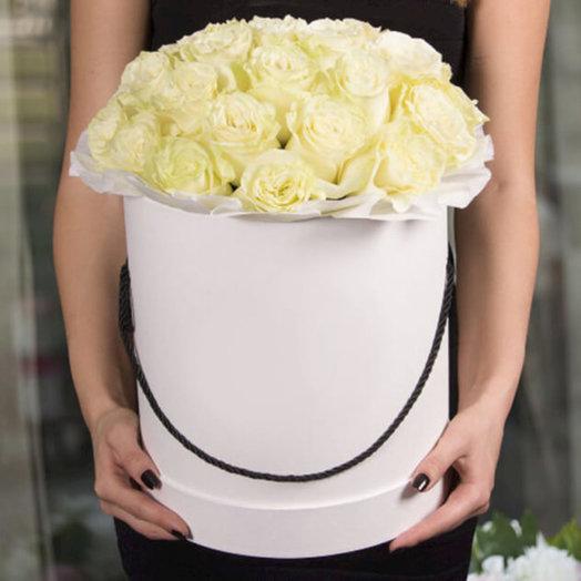 Шляпная коробка с голландской розой