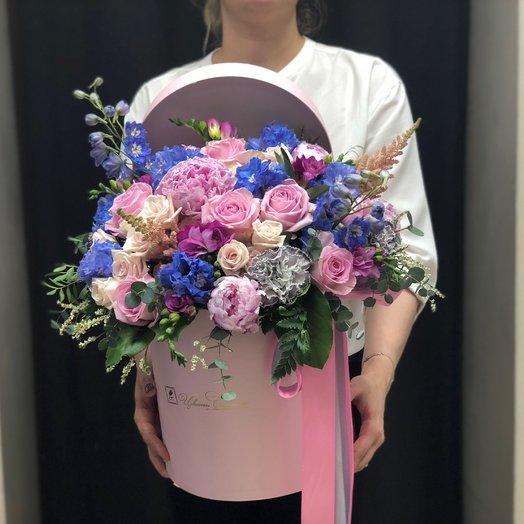 Коробка в сине розовых тонах. Цветы столицы: букеты цветов на заказ Flowwow