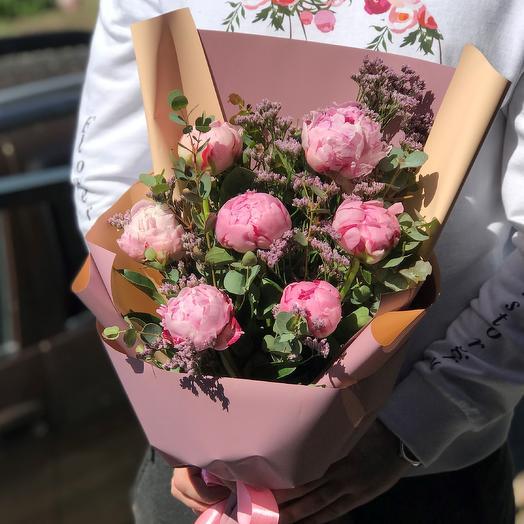 Букет из пионов с эвкалиптом. N419: букеты цветов на заказ Flowwow