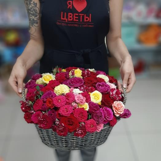 51 роза в корзине: букеты цветов на заказ Flowwow