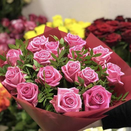 БУКЕТ ЯРКО РОЗОВЫЙ: букеты цветов на заказ Flowwow