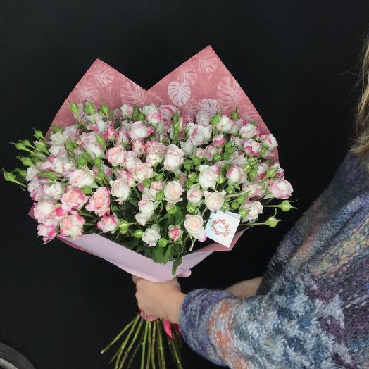 Большой букет из кустовых роз: букеты цветов на заказ Flowwow