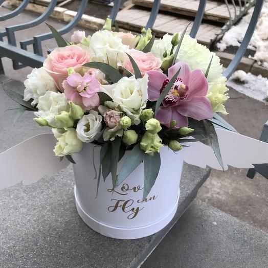 Композиция с крыльями: букеты цветов на заказ Flowwow