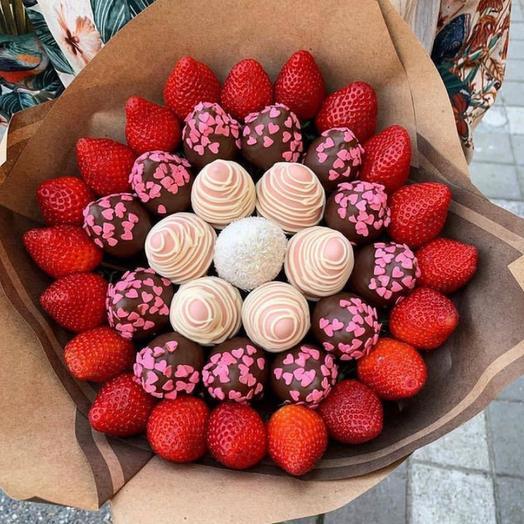 Букет из клубники «Цветущий сад»
