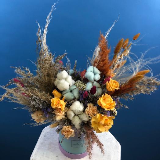 Коробочка стабилизированных цветов