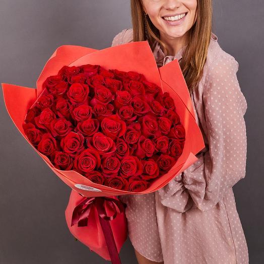 51 красная роза премиум 70 см Фридом
