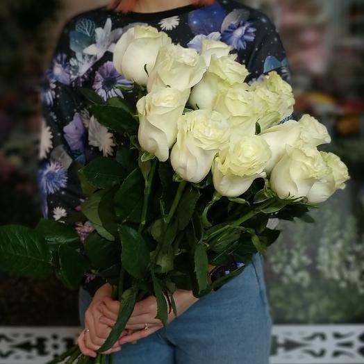 Мондиаль 15 роз белые