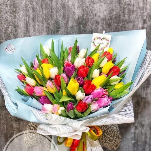 55 тюльпанов с оформлением