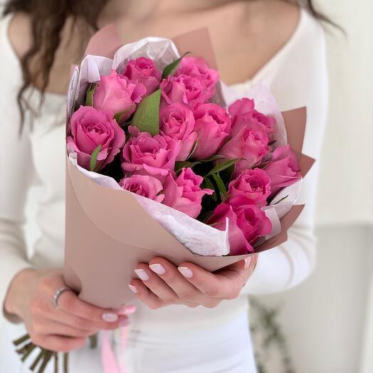 Букет из 15 розовых роз Кения