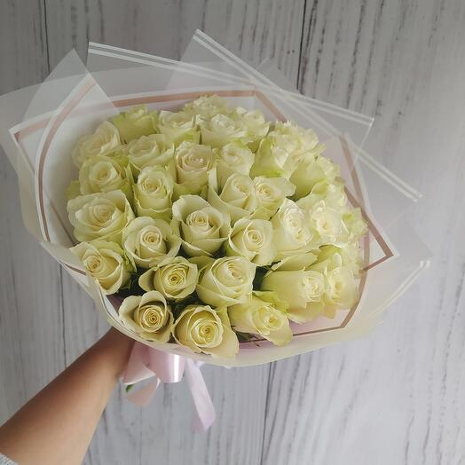 Bouquet of 35 roses