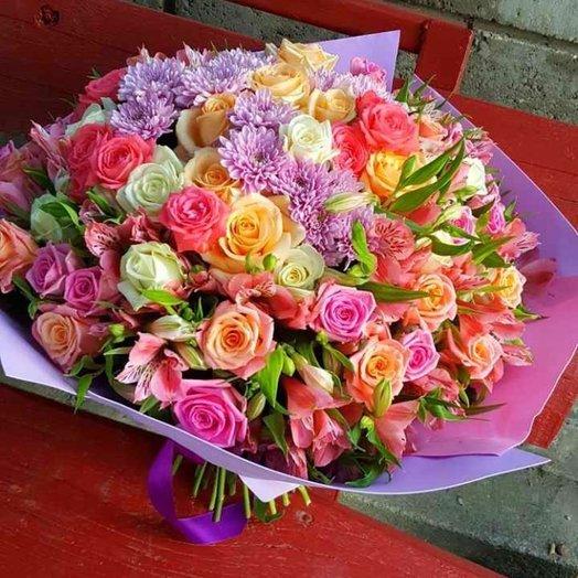 Букет из роз хризантем и альстромерий: букеты цветов на заказ Flowwow