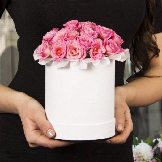 Мини коробочка розовых роз: букеты цветов на заказ Flowwow