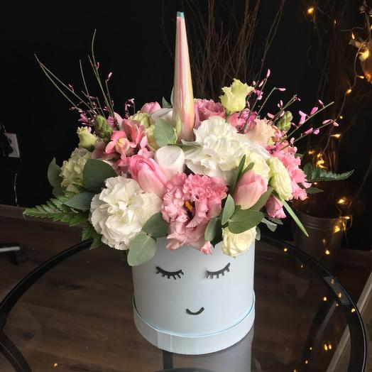 Единорожек Мия: букеты цветов на заказ Flowwow