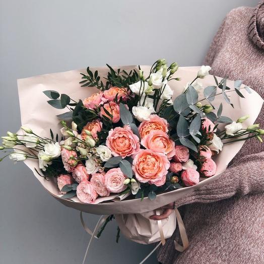 028: букеты цветов на заказ Flowwow