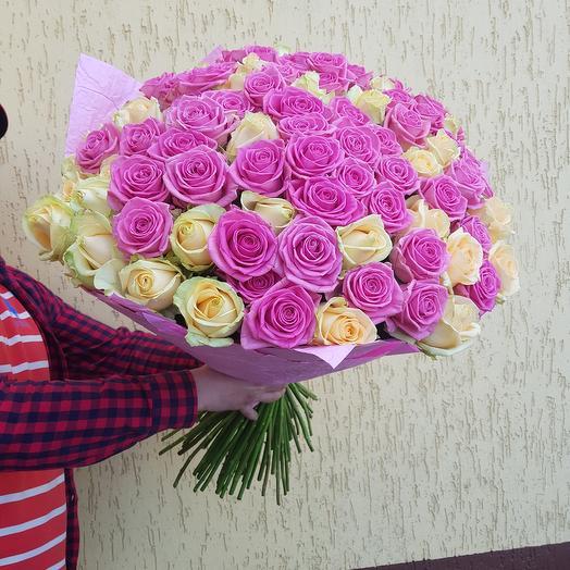 Букет из 101 крем-розовой розы: букеты цветов на заказ Flowwow