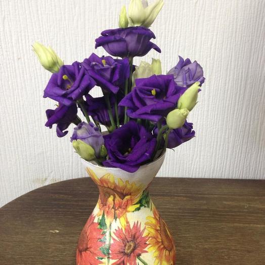 Нежный комплимент с вазой ручной работы: букеты цветов на заказ Flowwow