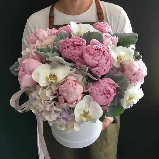 Box day with peonies