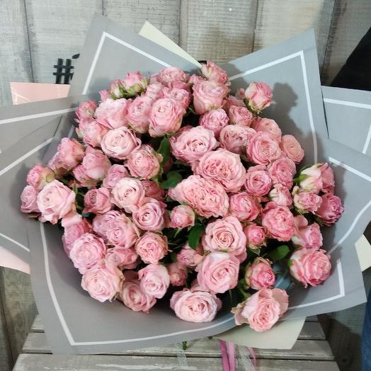 Букет из пионовидных кустовых роз: букеты цветов на заказ Flowwow
