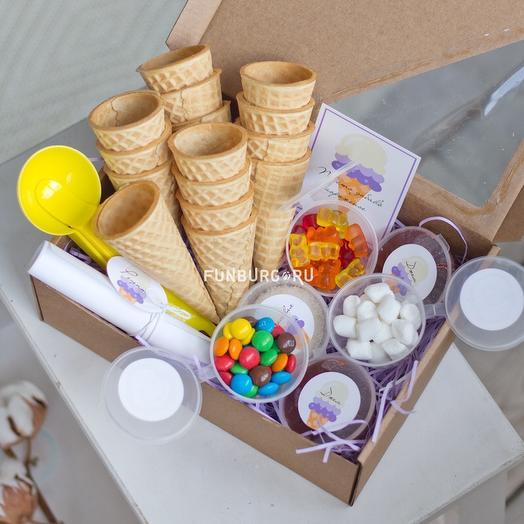 Подарочный набор «Просто добавь мороженое»: букеты цветов на заказ Flowwow