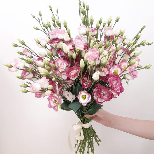 Монобукет из Эустомы: букеты цветов на заказ Flowwow