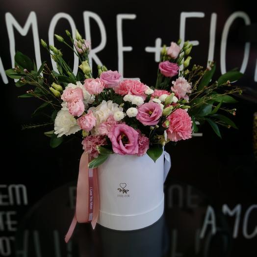 Цветочная шляпная коробка: букеты цветов на заказ Flowwow
