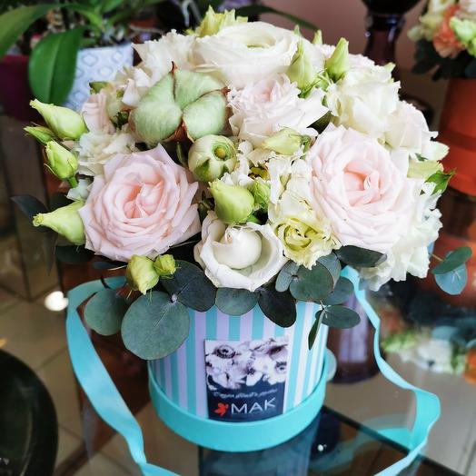 Садовые розы и полоски: букеты цветов на заказ Flowwow