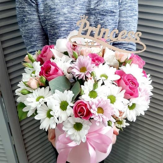 """Цветы в шляпной коробке """"Принцессе"""""""