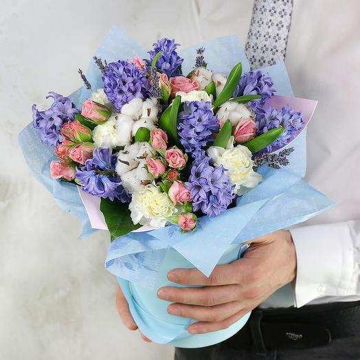 """Цветы в коробке """"Комплимент королеве"""""""