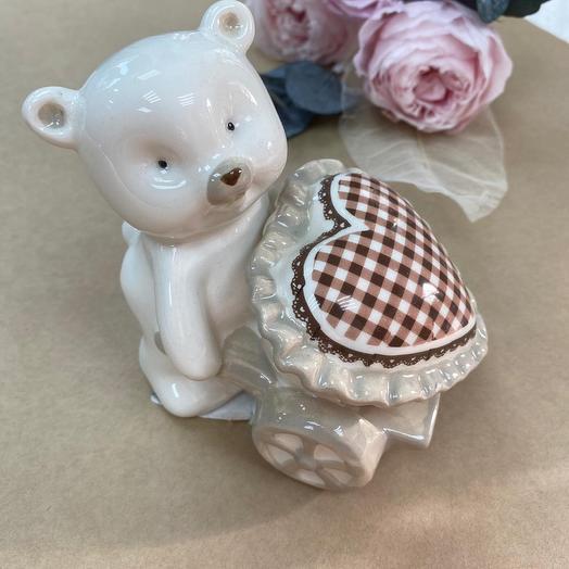 Медвежонок с сердечком  из керамики (Польша)