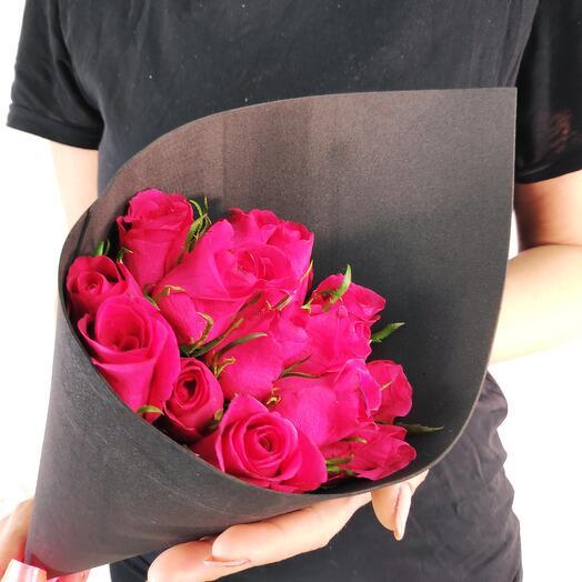 Мини-букет из 15 Малиновых роз