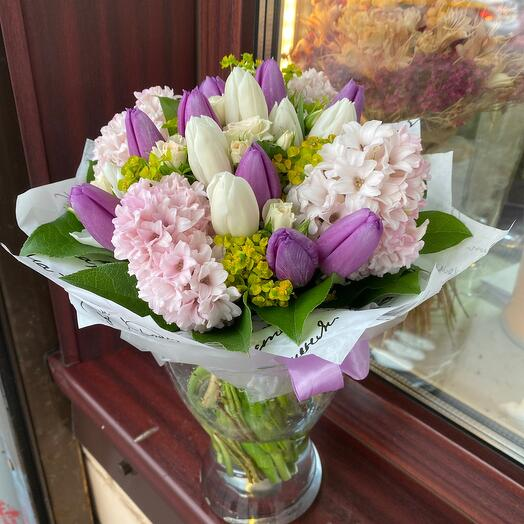 Букет цветов Весенний