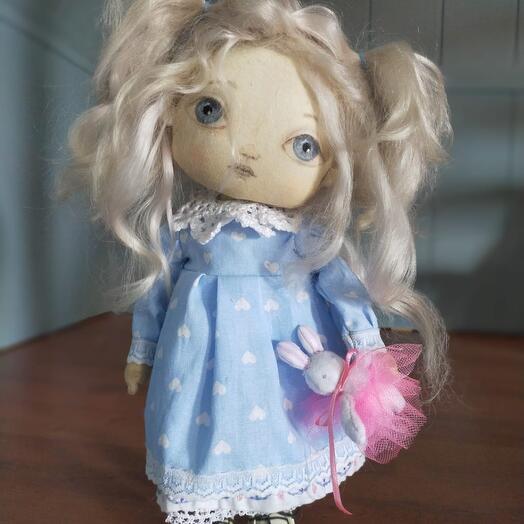 Кукла текстильная, тело-хлопок, волосы-шерсть козочки, набивка-синтепух, лицо расписано акрилом. Полностью ручная работа
