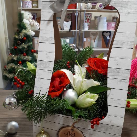 "Композиция ""Дух Рождества"": букеты цветов на заказ Flowwow"