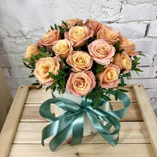 """Шляпная коробка """"Жемчуг"""": букеты цветов на заказ Flowwow"""