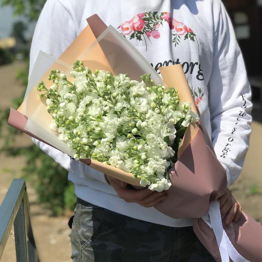 Букет из 29 белых маттиол. N442: букеты цветов на заказ Flowwow