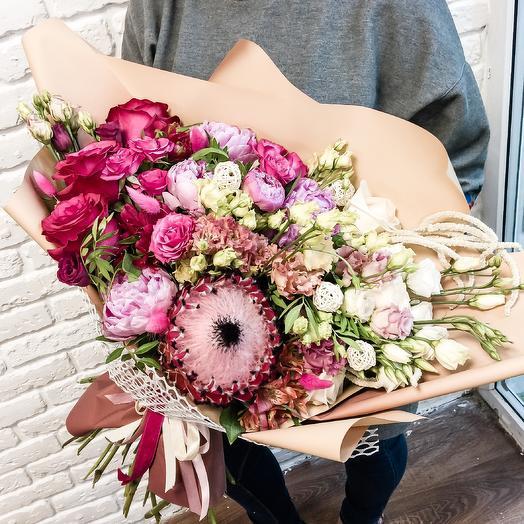 Авторский букет с протеей: букеты цветов на заказ Flowwow