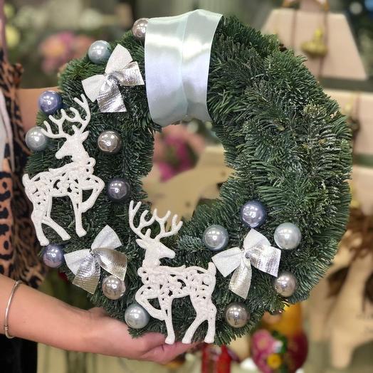 Новогодний венок: букеты цветов на заказ Flowwow