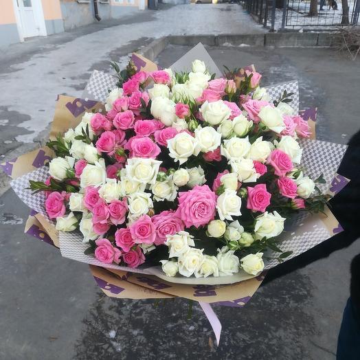 Микс из кустовых роз: букеты цветов на заказ Flowwow