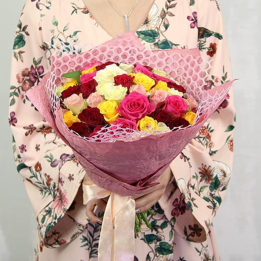Букет из 51 розы микс 40 см (Кения) в упаковке