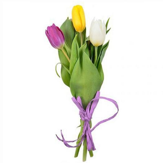 3 тюльпана: букеты цветов на заказ Flowwow