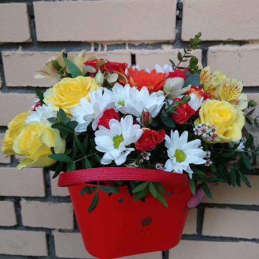 Композиция - сумочка: букеты цветов на заказ Flowwow
