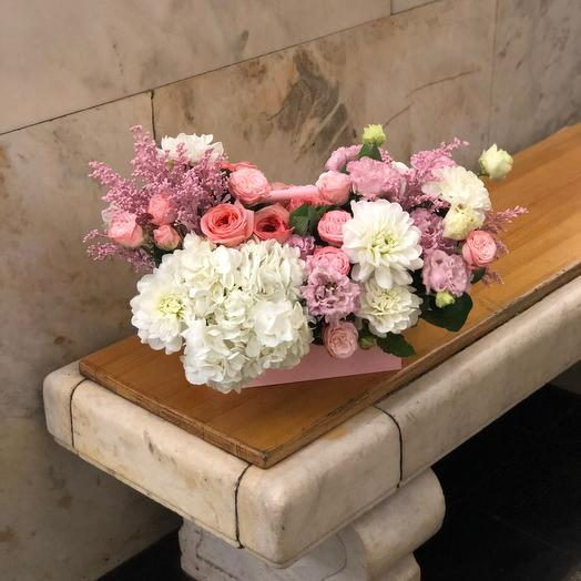 Ящик с цветами «Невесомость»