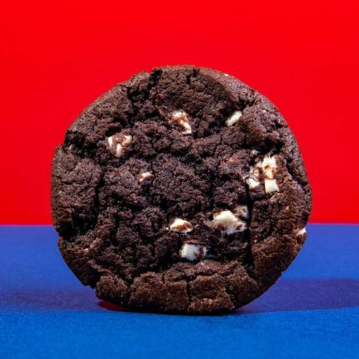 Кукис Шоколадный С Белой Шоколадной Глазурью