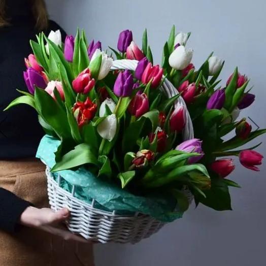 Корзина с цветами волшебство