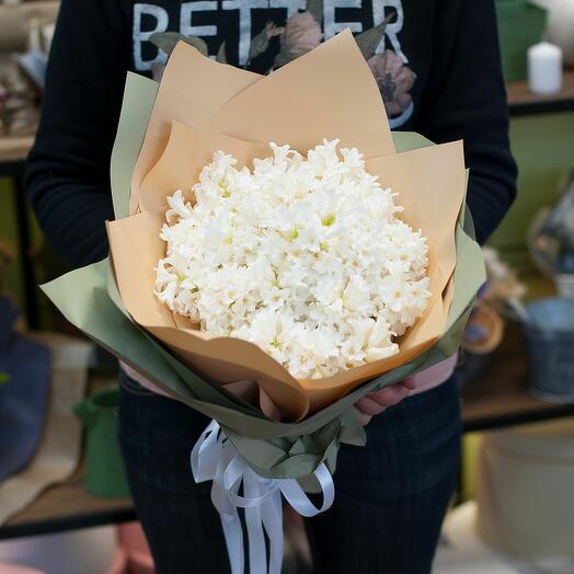 Букет цветов Белые гиацинты