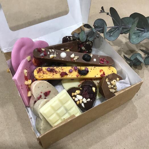 Ассорти шоколада ручной работы