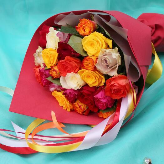 25 ярких разноцветных роз 40 см