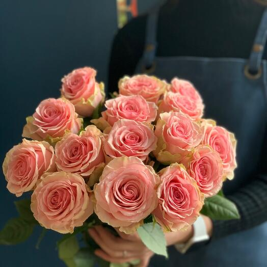 Розовые розы 60 см Эквадор